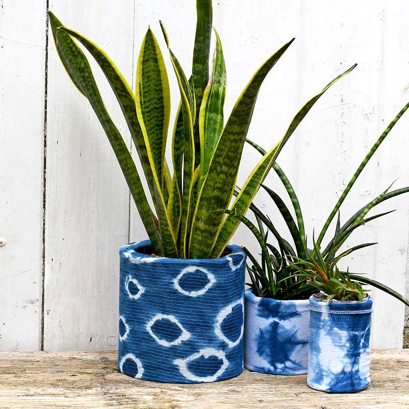 Tie-dyed planters by Pillar Box Blue, featured on DIY Salvaged Junk Projects 528 on Funky Junk!