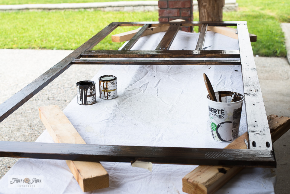 Learn how to stain a rustic screen door with Fusion Mineral Paint's Stain and Finishing Oil. Click for full tutorial plus video. #stain #fusionmineralpaint #screendoor #buildling