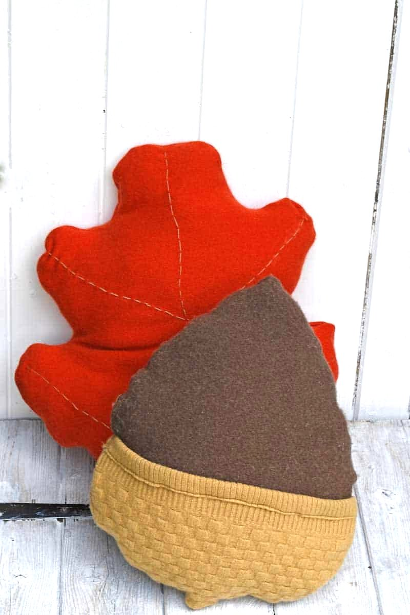 Sweater acorn and leaf fall pillows by Pillar Box Blue, featured on DIY Salvaged Junk Projects 543 on Funky Junk!