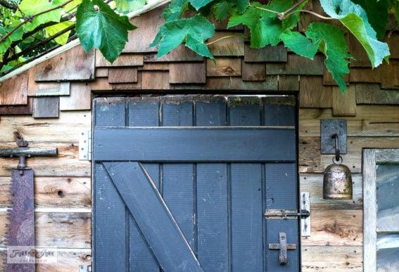 shed barn door rusty junk hardware