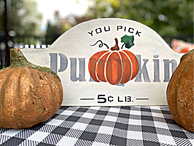 Fall pumpkin sign by Homeroad, featured on DIY Salvaged Junk Projects 547 on Funky Junk!