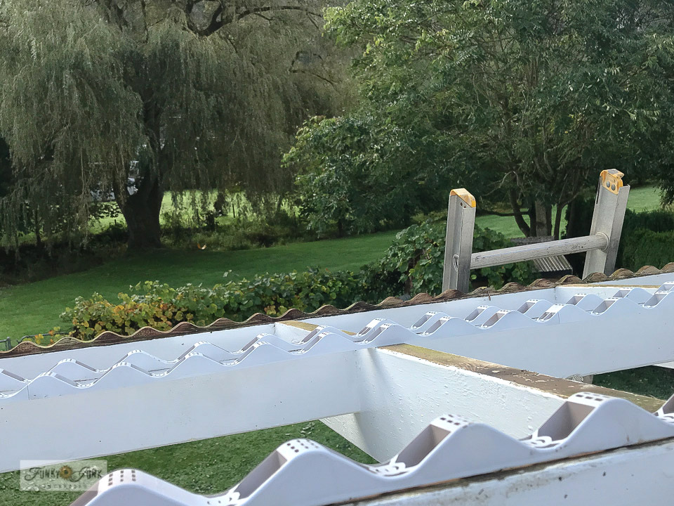 How to install plastic support strips for a pvc roof panels for a new patio roof. Click to full tutorial.