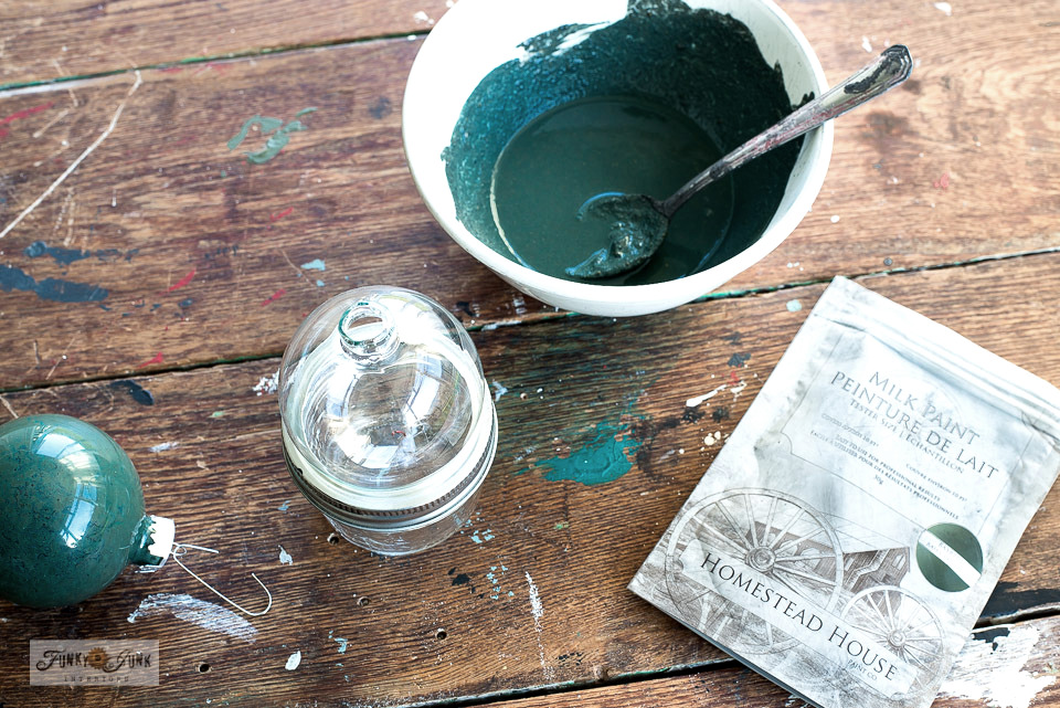 How to paint Christmas ornaments in Homestead House Milk Paint's Bayberry. They turned out so pretty! Click to see the outcome!
