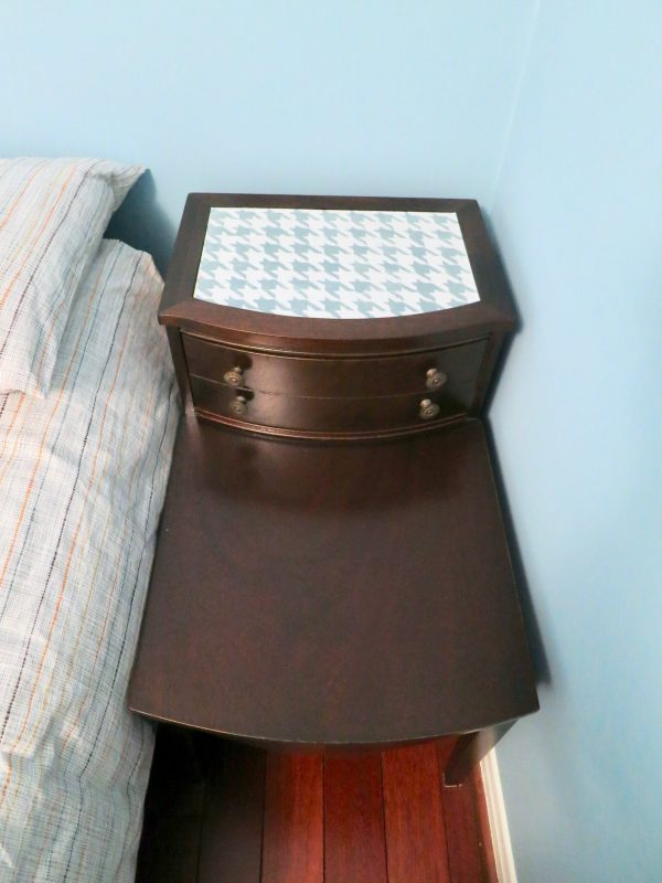 Bedside table with houndstooth inset by Birdz of a Feather, featured on DIY Salvaged Junk Projects 562 on Funky Junk!