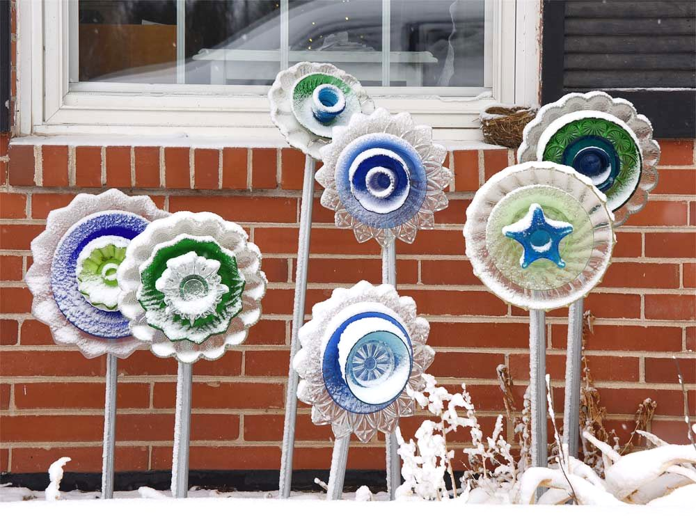 Dish garden flower art by Selep Imaging, featured on DIY Salvaged Junk Projects 564 on Funky Junk!