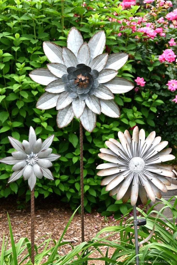 Aluminum flowers garden art by Home is Where the Boat Is, featured on New Upcycled Projects to Make 580 on Funky Junk!