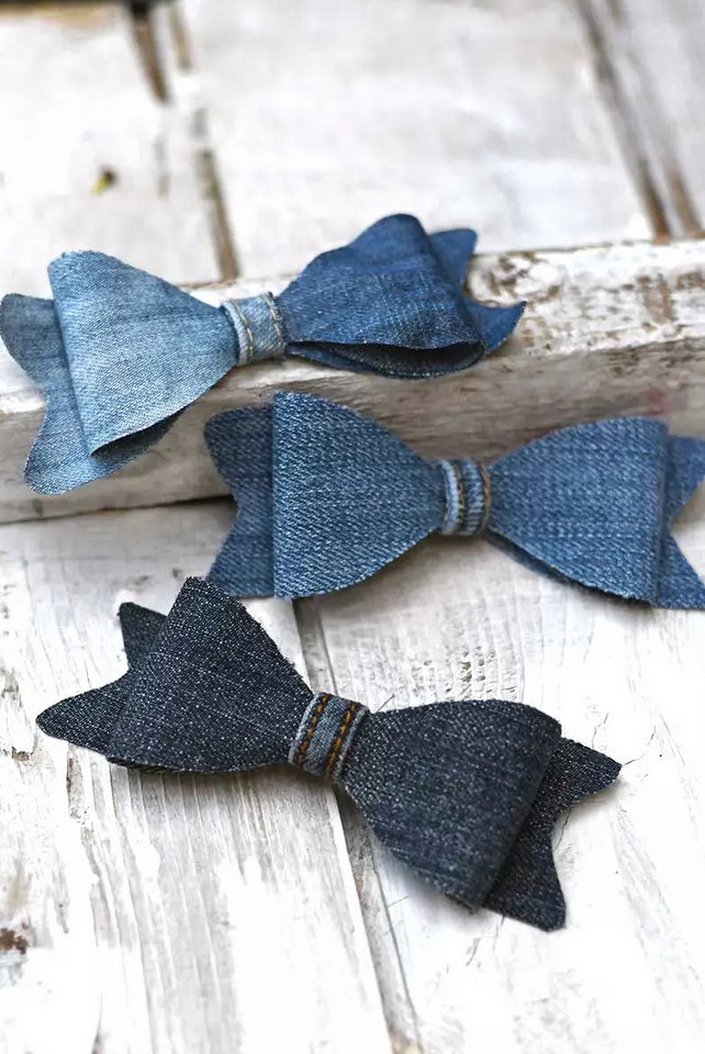 Denim bow ties by Pillar Box Blue, featured on New Upcycled Projects to Make 582 on Funky Junk!