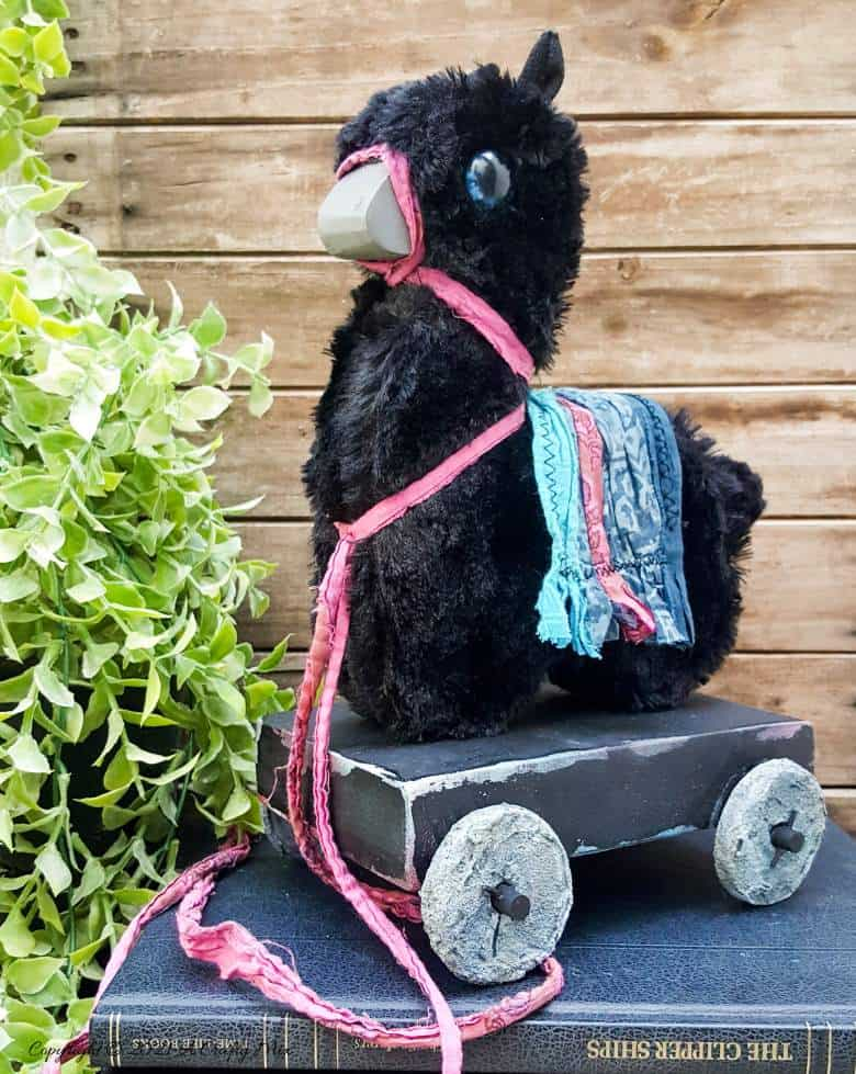 Llama pull toy by A Crafty Mix, featured on New Upcycled Projects to Make 581 on Funky Junk!
