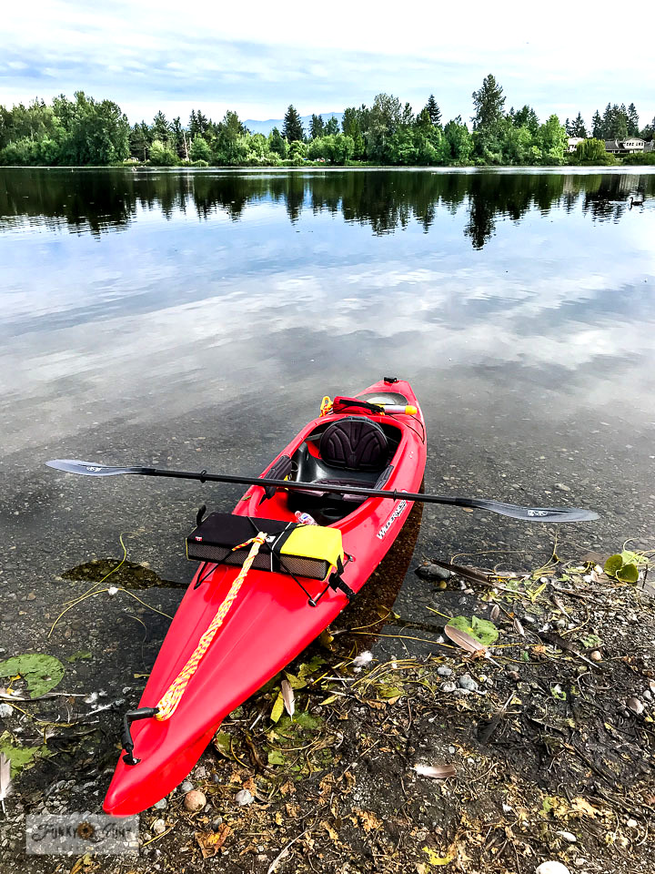 How to kayak with beginner tips! What to pack, how to get in, how to row and more! Take the tour as we kayak gorgeous Mill Lake in Abbotsford, BC Canada!