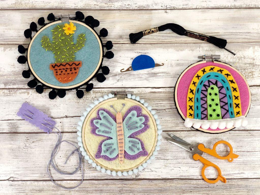 Aros de feltro de bordado por Creatively Beth, apresentados em Novos projetos reciclados para fazer 587!  Visite para ler todos os tutoriais adaptados!