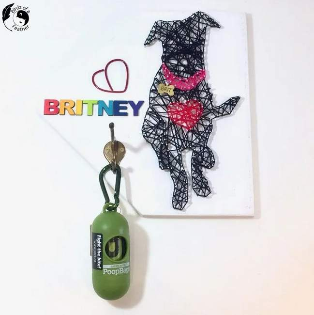 String art dog leash holder by Birdz of a Feather, featured on New Upcycled Projects to Make 588!