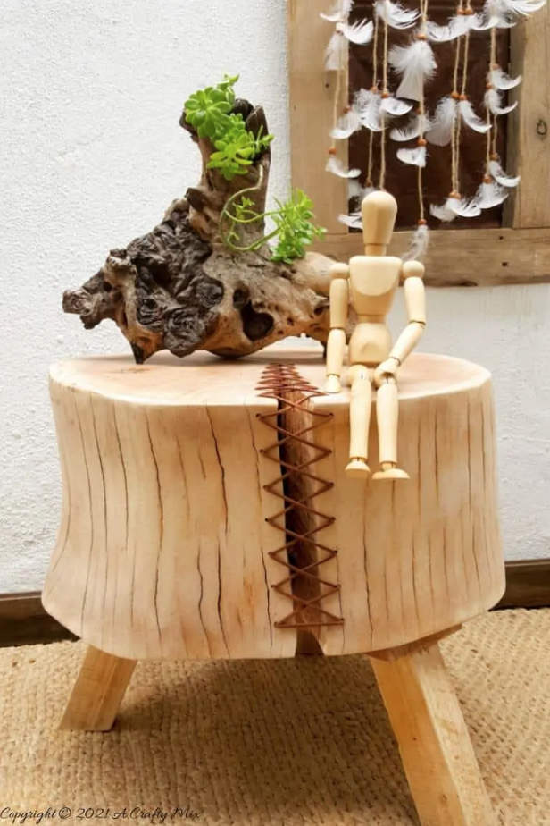 Cracked wood stump feature by A Crafty Mix, featured on New Upcycled Projects To Make 590