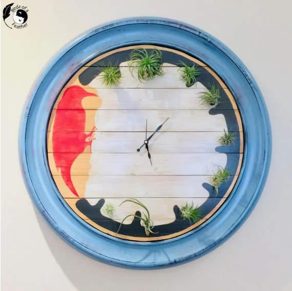 Relógio de palete de planta de ar de Birdz of a Feather, apresentado em New Cycled Projects to Make 593