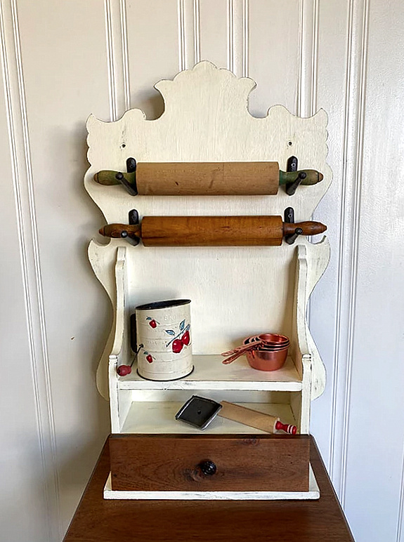 Rolling pin display by Junk Is My Life, featured on New Upcycled Projects to Make 594