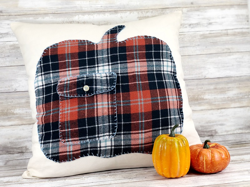 Upcycled flannel fall pumpkin pillow by Creatively Beth, featured on New Upcycled Projects to Make 598