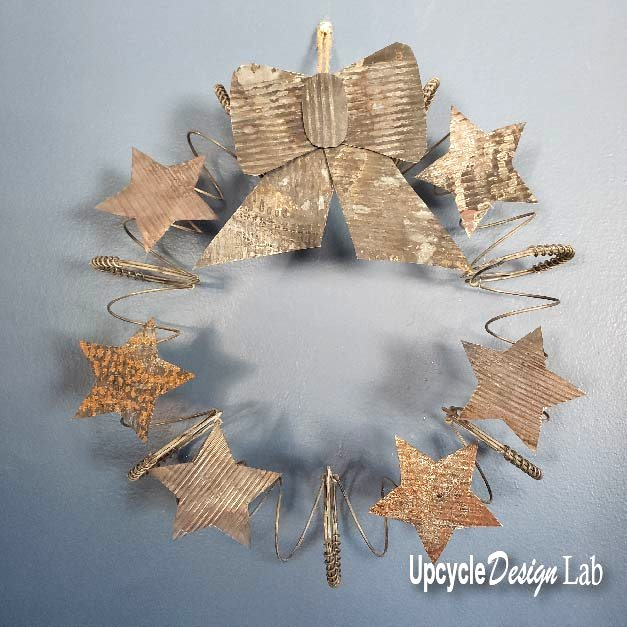 Galvanized Christmas wreath by Upcycle Design Lab, featured on New Upcycled Projects to Make 596