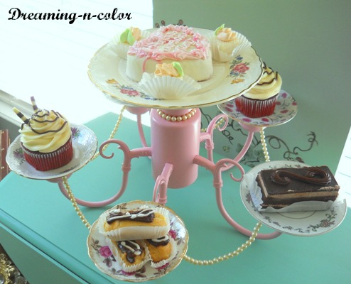 Plate_chandelier_dessert_tray_via_Dreaming_in_Color